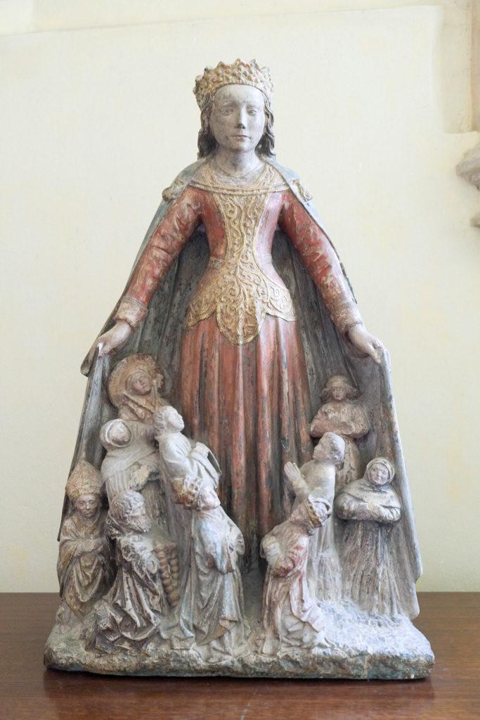 Vierge au manteau de la Basilique Saint Andoche